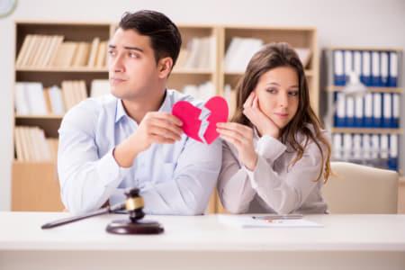離婚する夫婦・離婚の危機を乗り越える夫婦